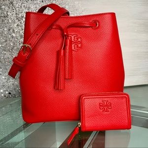 Tory Burch Thea Leather Bucket Bag / Wallet Set